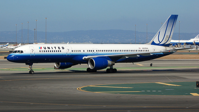 N529UA - Boeing 757-222 - United Airlines