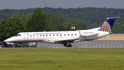 N11526 - Embraer ERJ-135LR - Continental Express (ExpressJet Airlines)