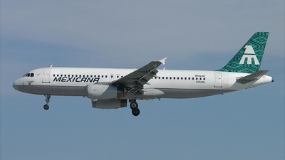 N304ML - Airbus A320-231 - Mexicana