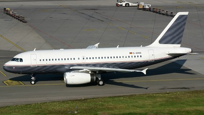 D-ADNA - Airbus A319-133X(CJ) - DCA - DaimlerChrysler Aviation