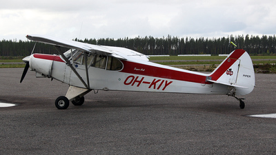 OH-KIY - Piper PA-18-150 Super Cub - Private