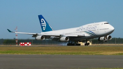 C-GUWS - Boeing 747-475 - Air New Zealand