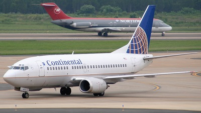 N14601 - Boeing 737-524 - Continental Airlines