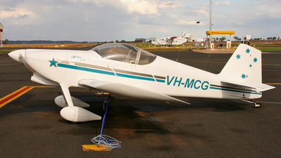 A picture of VHMCG - Van's RV6 - [V220] - © Lachlan Brendan