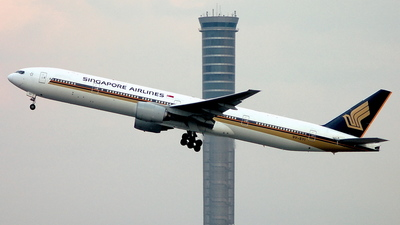 9V-SYI - Boeing 777-312 - Singapore Airlines