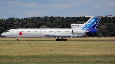 RA-85628 - Tupolev Tu-154M - S7 Airlines