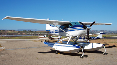 N80SS - Cessna A185F Skywagon - Private