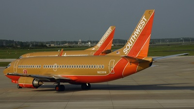 N623SW - Boeing 737-3H4 - Southwest Airlines