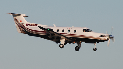A picture of N939HE - Pilatus PC12/47E - [1005] - © Alejandro Torres