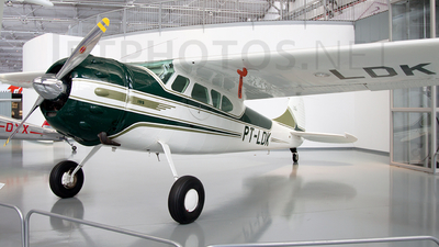PT-LDK - Cessna 195 - Private