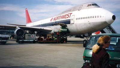 N633US - Boeing 747-227B - Northwest Airlines