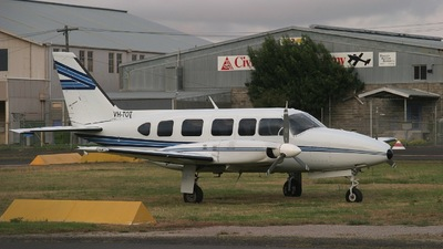 VH-TOT - Piper PA-31-350 Chieftain - Private