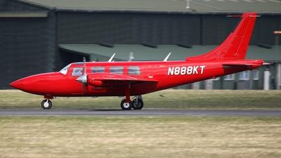 A picture of N888KT - Piper 601P Aerostar - [61P07838063396] - © Bob Wood