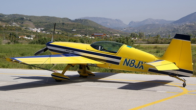 N8JX - Extra 300S - Private