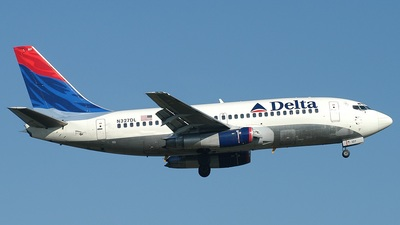 N327DL - Boeing 737-232(Adv) - Delta Air Lines