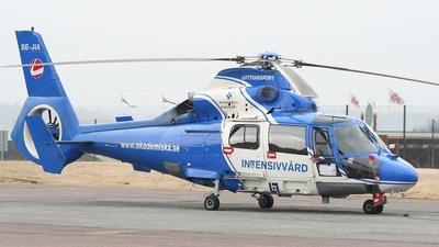 SE-JIA - Aérospatiale SA 365N3 Dauphin 2 - Lufttransport