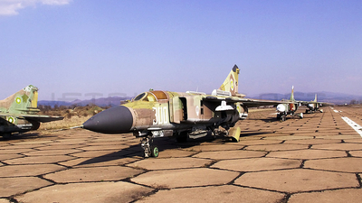 300 - Mikoyan-Gurevich MiG-23ML Flogger G - Bulgaria - Air Force