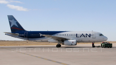 CC-COE - Airbus A320-233 - LAN Airlines