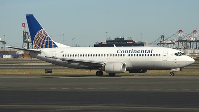 N16310 - Boeing 737-3T0 - Continental Airlines