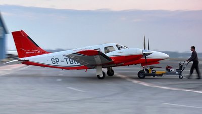 SP-TBR - Piper PA-34-220T Seneca V - Bartolini Air