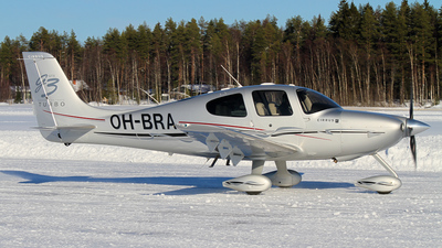 OH-BRA - Cirrus SR22-GTS G3 Turbo - Private