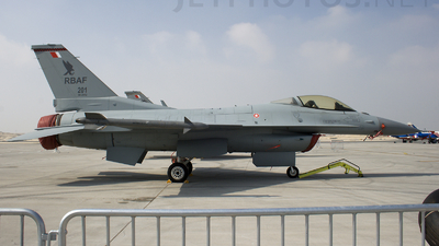 201 - General Dynamics F-16C Fighting Falcon - Bahrain - Air Force