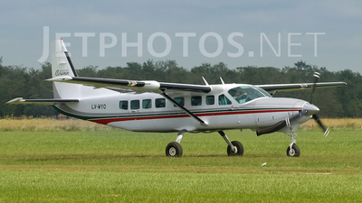 LV-WYO - Cessna 208B Grand Caravan - Private