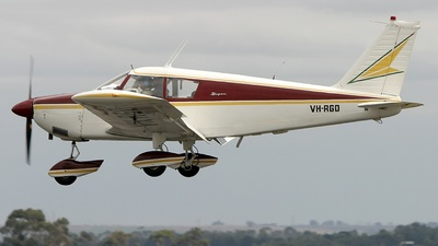 A picture of VHRGD - Piper PA28235 Cherokee B - [2811000] - © Neville Murphy