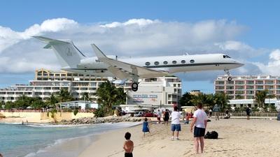 N636MF - Gulfstream G-V - Private