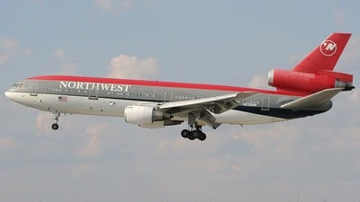 N235NW - McDonnell Douglas DC-10-30 - Northwest Airlines