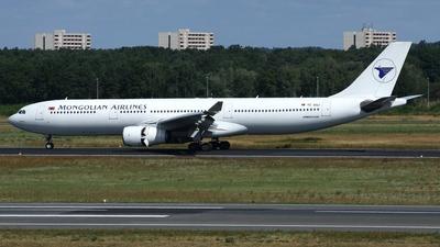 TC-SGJ - Airbus A330-343 - MIAT Mongolian Airlines (Saga Airlines)