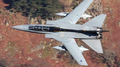 ZE734 - Panavia Tornado F.3 - United Kingdom - Royal Air Force (RAF)