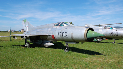 1702 - Mikoyan-Gurevich MiG-21R Fishbed H - Slovakia - Air Force