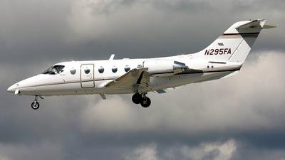 Beechcraft 400A Beechjet - Raytheon Aircraft