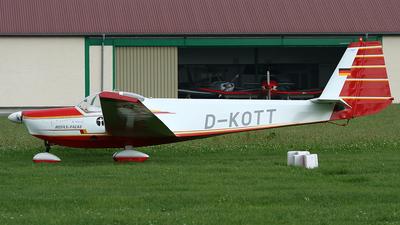 A picture of DKOTT -  - [] - © Peter Menner