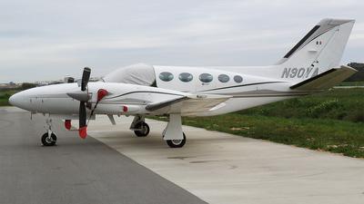 N90YA - Cessna 425 Conquest I - Private
