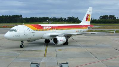 EC-FLQ - Airbus A320-211 - Iberia