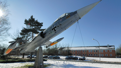 22-44 - Lockheed F-104G Starfighter - Germany - Air Force