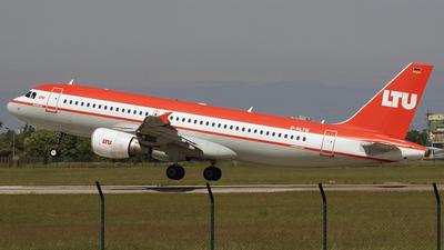 D-ALTG - Airbus A320-214 - LTU