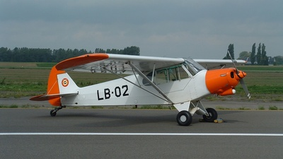 LB-02 - Piper L-21B Super Cub - Belgium - Air Force
