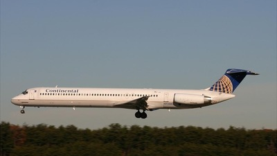 N938MC - McDonnell Douglas MD-83 - Continental Airlines