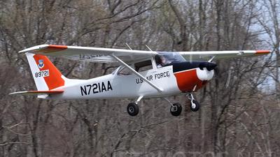 A picture of N721AA - Cessna 172K Skyhawk - [17257605] - © Joe Osciak