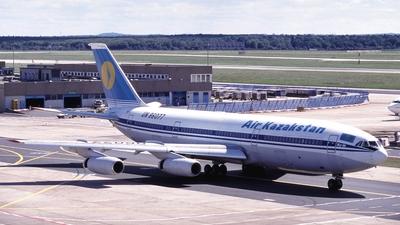 UN-86077 - Ilyushin IL-86 - Air Kazakstan