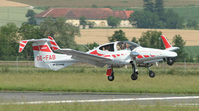 OE-FAB - Diamond DA-42 Twin Star - Private