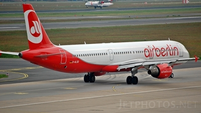 D-ALSD - Airbus A321-211 - Air Berlin (LTU)