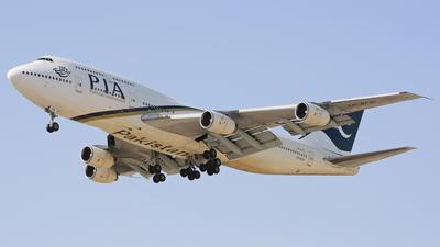 AP-BFW - Boeing 747-367 - Pakistan International Airlines (PIA)