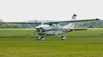 SP-FPN - Reims-Cessna F182Q Skylane II - Private
