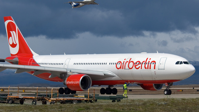 D-ALPH - Airbus A330-223 - Air Berlin (LTU)
