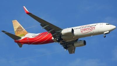 VT-AXV - Boeing 737-8HG - Air India Express