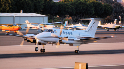 N300TN - Beechcraft B300 King Air - Private